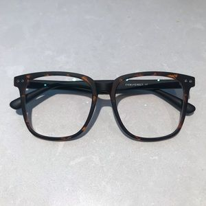 Glasses with no presceiption - 2 for $20